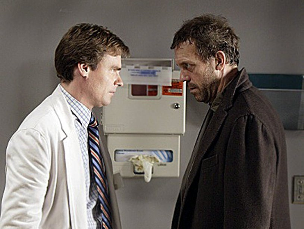 "House -""Merry Little Christmas""- Robert Sean Leonard as Dr. Wilson, Hugh Laurie as Dr. House"