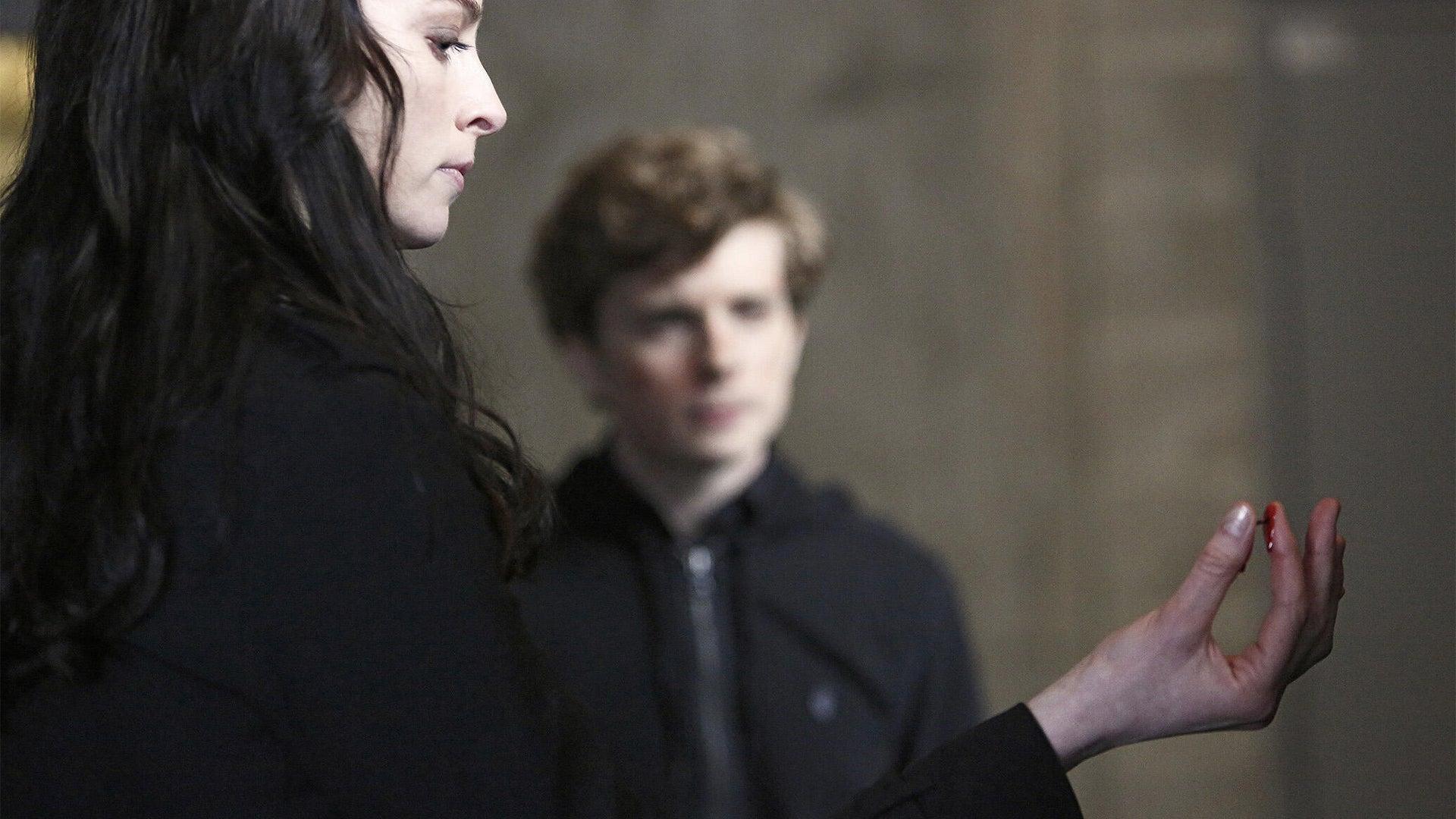 Rachel Nichols and Erik Knudsen, Continuum