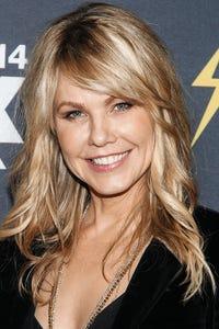 Andrea Roth as Leni