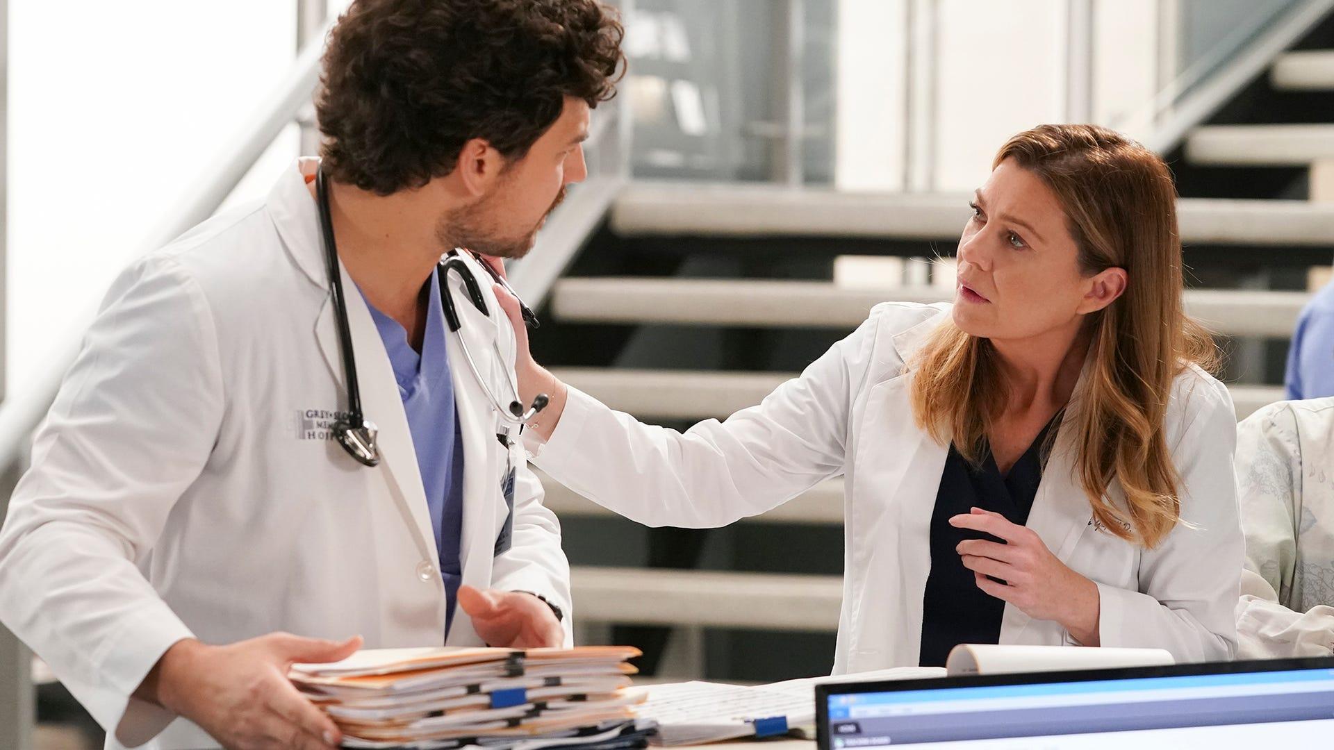 Giacomo Gianniotti and Ellen Pompeo, Grey's Anatomy