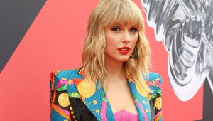 Taylor Swift, Lizzo, and More Celebrities Stun on the VMAs Red Carpet