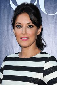 Angelique Cabral as Special Agent Paola Fuentes