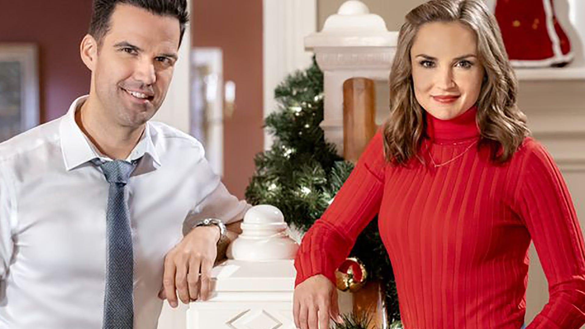 Benjamin Ayres and Rachael Leigh Cook, A Blue Ridge Mountain Christmas