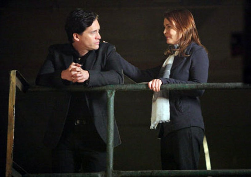"""The Event - Season 1 - """"Loyalty"""" - Clifton Collins, Jr. as Thomas and Laura Innes as Sophia Maguire"""