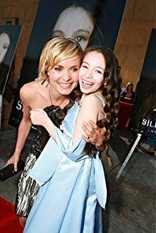 "Radha Mitchell and Jodelle Ferland -  premiere ""Silent Hill"", April 2006"