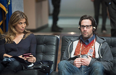 "FlashForward - Season 1 - ""The Negotiation"" - Sonya Walger, James Callis"