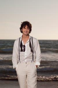 Michael Steger as Navid Shirazi