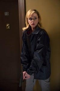 Meg Steedle as Sienna