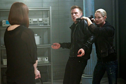 "Nikita - Season 3 - ""Consequences"" - Meilnda Clarke, Devon Sawa and Sara Allen"
