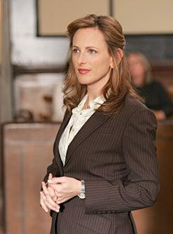 """My Name Is Earl - Season 2 - """"The Trial"""" - Marlee Matlin as Ruby"""