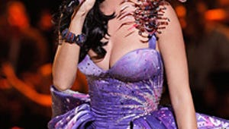 Cheers & Jeers: Katy Perry Falls Flat