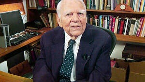 """60 Minutes Remembers """"America's Grouch-in-Chief"""" Andy Rooney"""