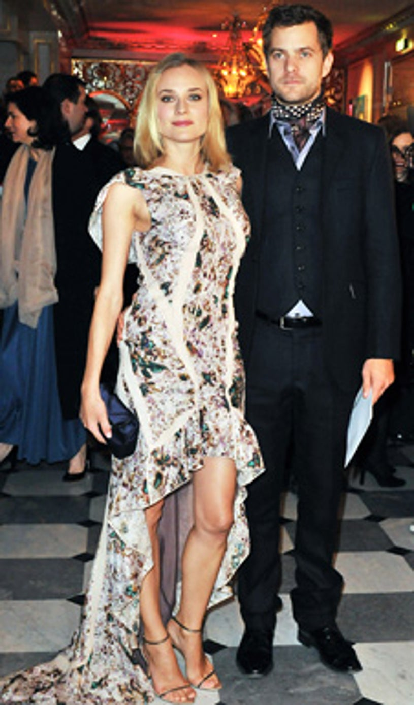 Joshua Jackson and Diane Kruger - The Fashion Dinner for Aids at Pavillon d'Armenonville  in Paris, January 29, 2009