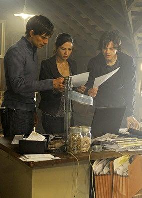 Harper's Island - Seasion 1 - Christopher Gorham as Henry Dunn, Elaine Cassidy as Abby Mills and Dean Chekvala as J.D. Dunn