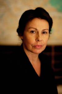 Julie Graham as Jen Powell