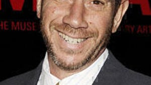 Miguel Ferrer Adds Class to Desperate Housewives