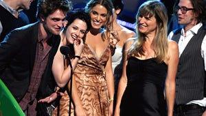 Twilight, Miley Cyrus Dominate Teen Choice Awards