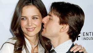 Gallery: Tom Cruise and Katie Holmes' Most Awkward Kisses