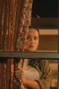 Kristen Cloke as Leigh Crosby Colvin