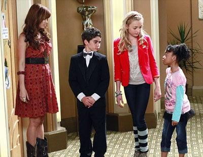 "Jessie - Season 1 - ""New York, New Nanny"" - Debby Ryan, Cameron Boyce, Peyton List and Skai Jackson"