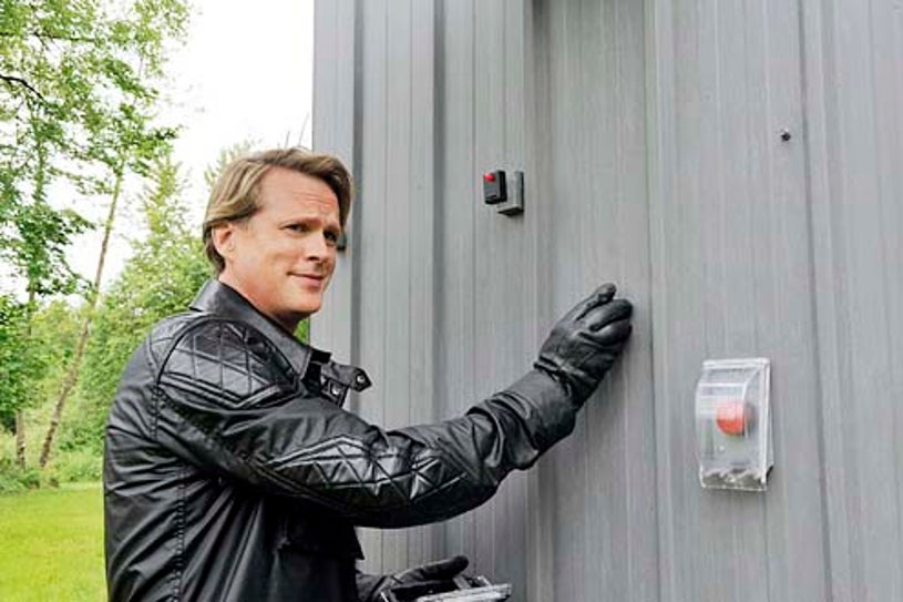 """Psych - Season 8 - """"Lock, Stock Something Smoking Barrells and Burton Guster's Goblet of Fire"""" - Cary Elwes"""