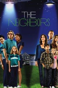 The Neighbors as Tina Giannulli