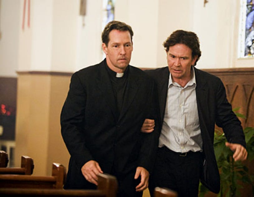 """Leverage - Season 1, """"The Miracle Job"""" - D.B. Sweeney as Father Paul, Timothy Hutton as Nate Ford"""