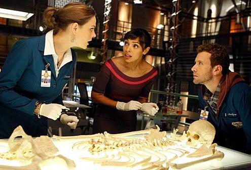 "Bones - Season 5 - ""The Proof in the Pudding"" - Emily Deschanel, Tamara Taylor and TJ Thyne"