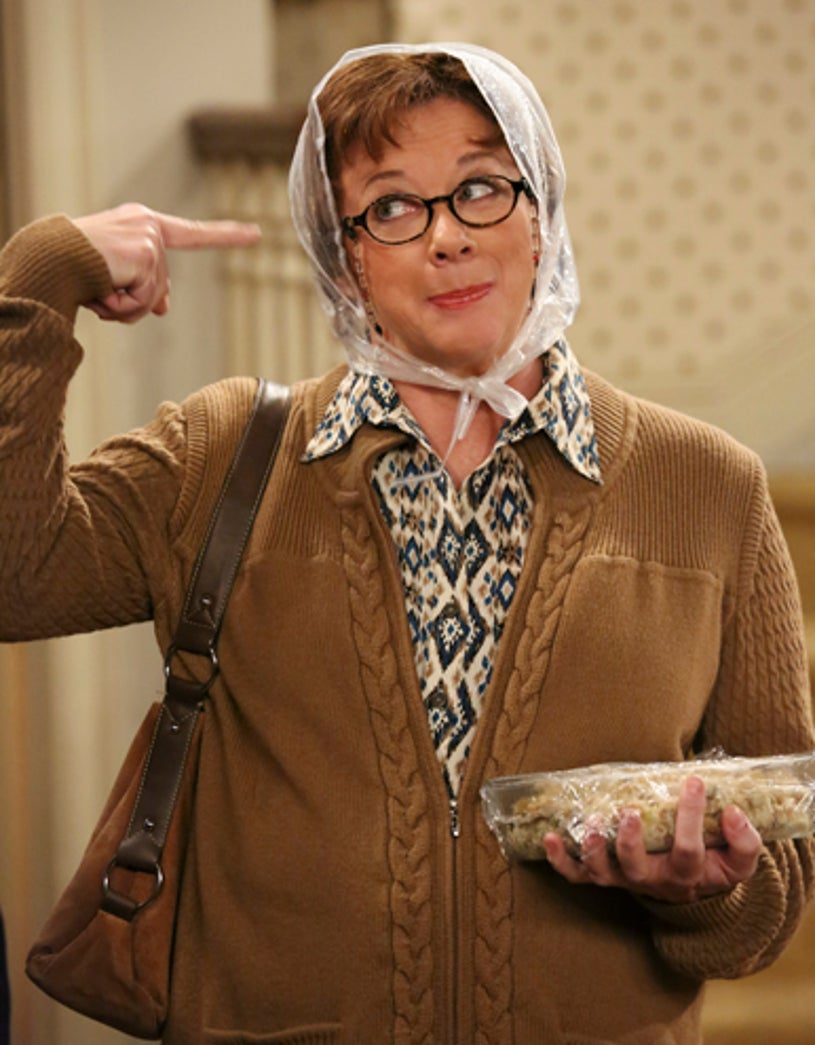 """Mike & Molly - Season 4 - """"Molly Unleashed"""" - Rondi Reed"""