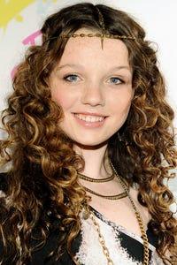 Stefania Lavie Owen as Nicole Chance