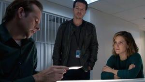 Law & Order: SVU-Chicago P.D. Exclusive: Det. Lindsay Faces Down Greg Yates!
