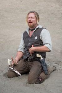 Jonathan Scarfe as Hank