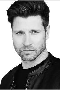Damon Runyan as John Garber