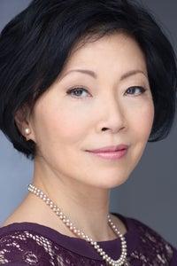 Elizabeth Sung as Ming Lee