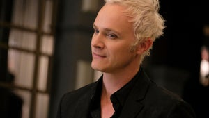 iZombie's David Anders Joins Roswell, New Mexico Season 2