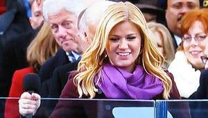Bill Clinton Photobombs Kelly Clarkson at Inauguration