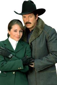 Karyme Lozano as Maritza
