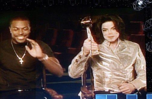 Chris Tucker and Michael Jackson - The 2002 Billboard Music Awards in Las Vegas, December 9, 2002