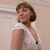 Say Yes to the Dress, Season 2 Episode 8 image