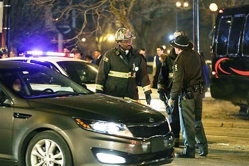 """Chicago Fire - Season 2 - """"A Heavy Weight"""" - Eamonn Walker"""
