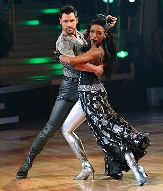 Dancing with the Stars - Season 11 - Maksim Chmerkovskiy, Brandy