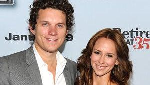 Jennifer Love Hewitt and Boyfriend Split