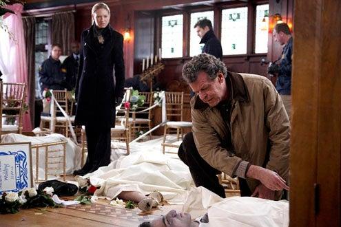 "Fringe - Season 2 - ""The Bishop Revival"" - Anna Torv, John Noble and Joshua Jackson"