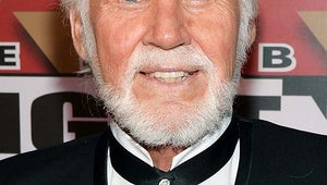 Kenny Rogers Has Skin Cancer Removed From Face