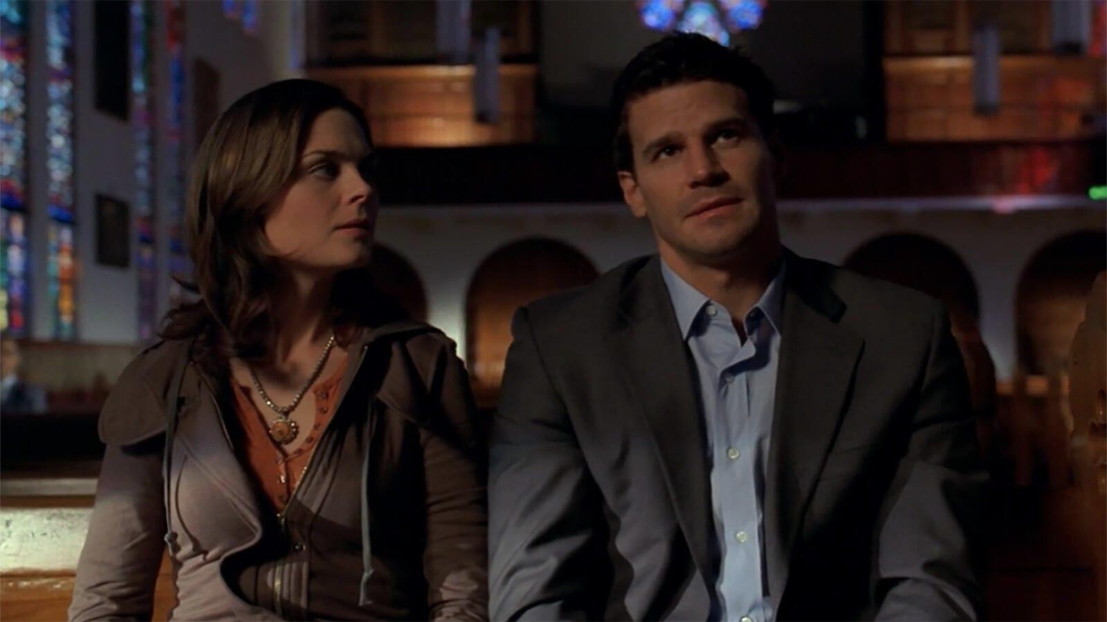 Emily Deschanel and David Boreanaz, Bones
