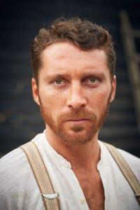 Ben Batt as Damon Ryan