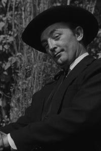 Robert Mitchum as Adm. Halsey