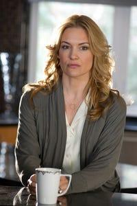 Victoria Pratt as Officer Bianca Trotter