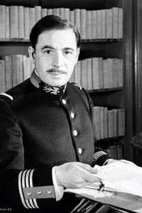 Leo Genn as Gen. Parker