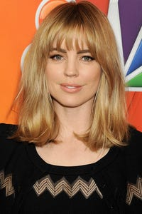 Melissa George as Laura